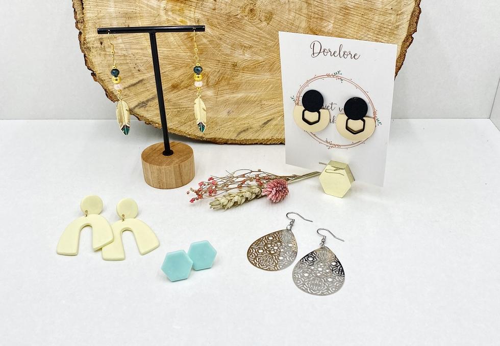 Handgemaakte juwelen - oorbellen - geschenkartikelen - armbandjes - Dorelore